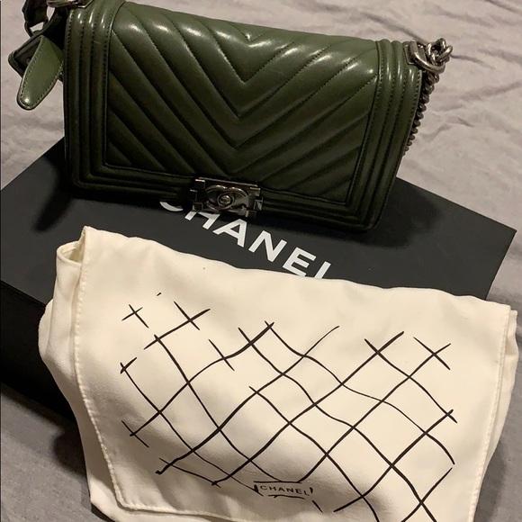 CHANEL Handbags - Chanel Boy Bag Olive Green